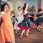 1950's dance class in full swing!
