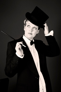 1920s style photo with top hat