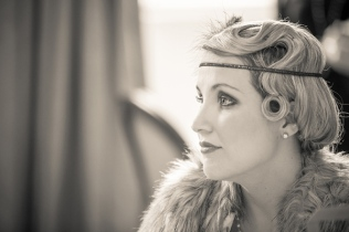 Beautiful 1920s hair and make up