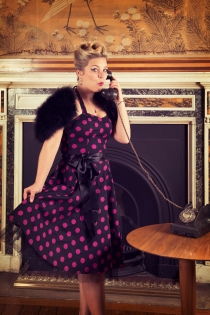 pin up photo with telephone